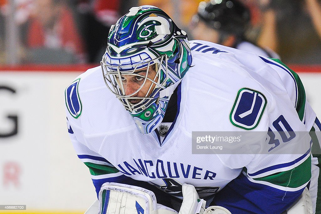 Vancouver Canucks v Calgary Flames : News Photo