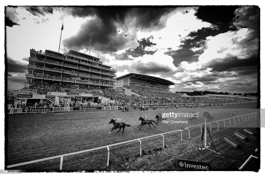 Epsom Races : News Photo
