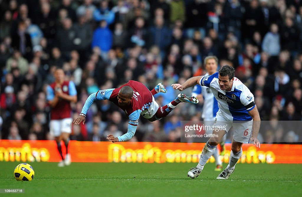 Aston Villa v Blackburn Rovers - Premier League : News Photo