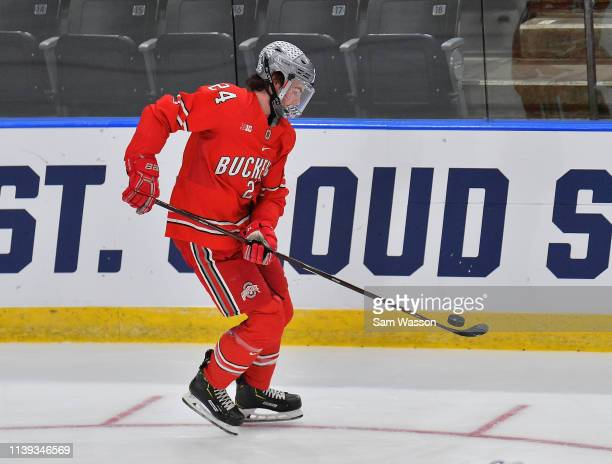 Ryan O'Connell of the Ohio State Buckeyes warms up before an NCAA Division I Men's Ice Hockey West Regional Championship Semifinal game between the...