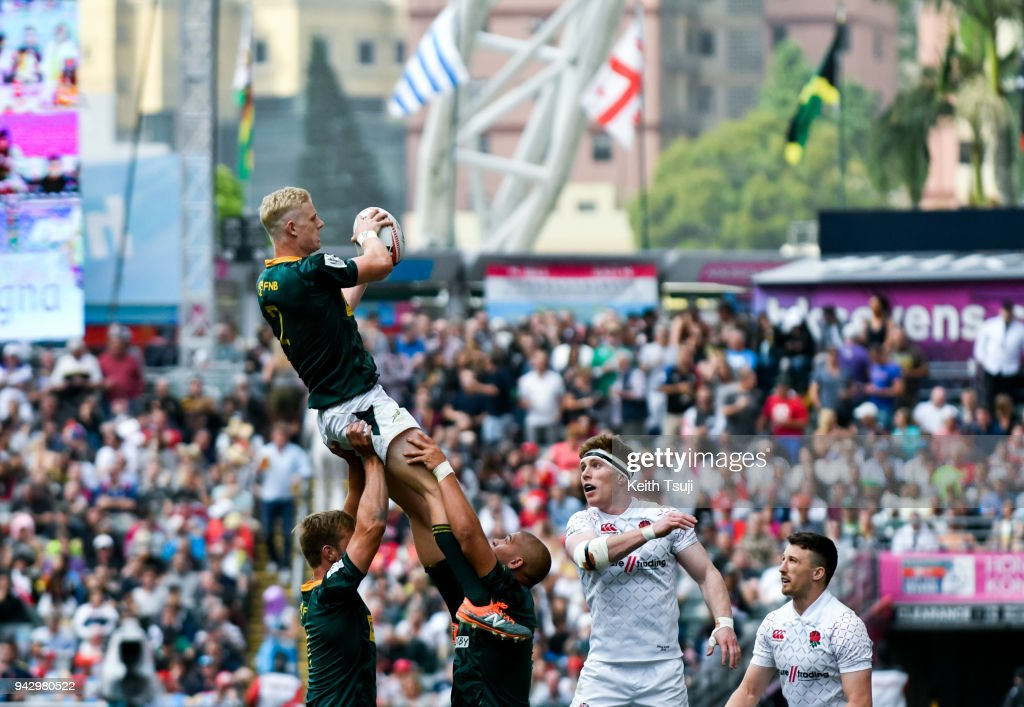 Ryan Oosthuizen of South Africa wins a line out during their match against England on the second day of the Hong Kong Sevens on April 7, 2018 in Hong Kong.