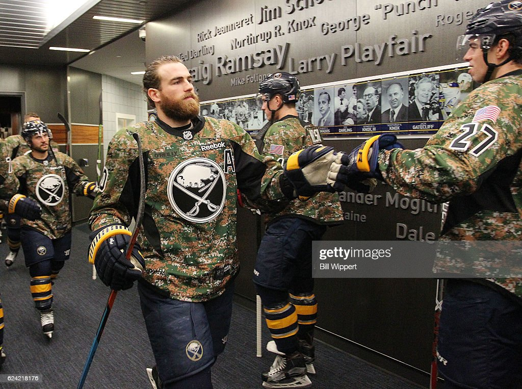 hot sale online 5902a be6b9 Ryan O'Reilly of the Buffalo Sabres wears a camouflage ...
