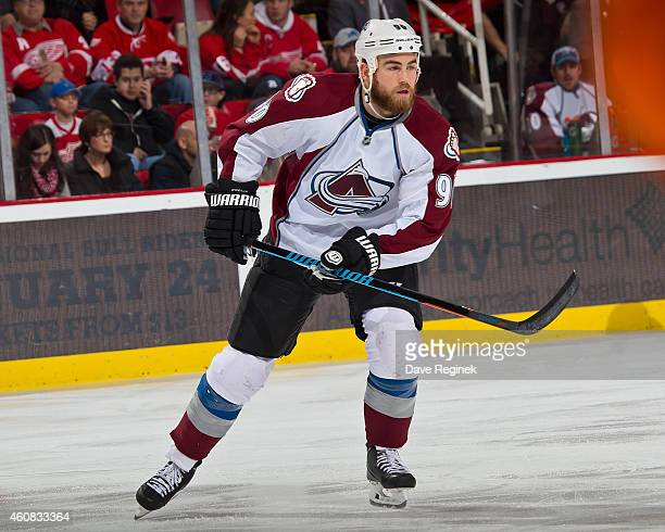 Ryan O'Reilly of the Colorado Avalanche follows the play during a NHL game against the Detroit Red Wings on December 21 2014 at Joe Louis Arena in...