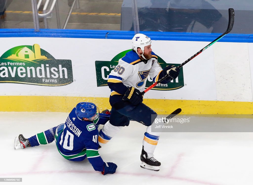 St Louis Blues v Vancouver Canucks - Game Three : News Photo
