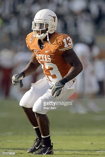 Ryan Palmer of the Texas Longhorns moves during the game against the Rice Owls on September 22 2007 at Darrell K RoyalTexas Memorial Stadium in...