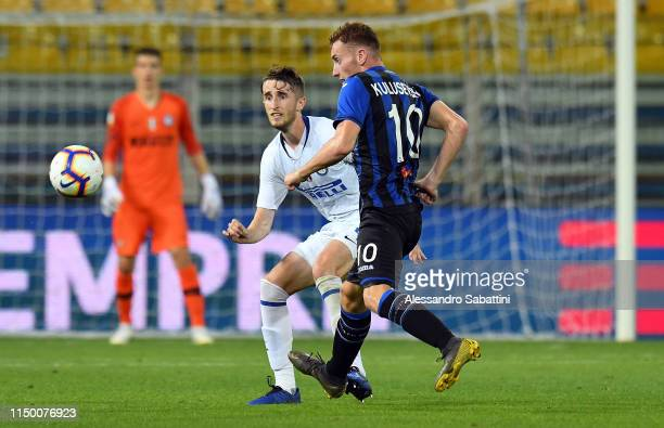 Ryan Patrick Nolan of FC Internazionale competes for the ball with Dejan Kulusevski of Atalanta during the Serie A Primavera Playoff Final match...
