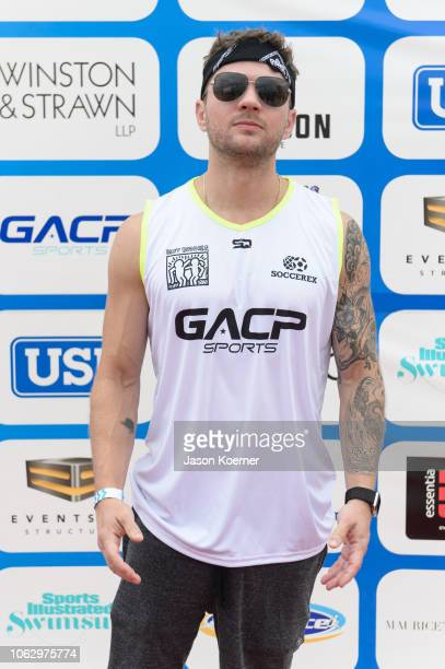 Ryan Phillippe arrives at the 2018 World Futbol Gala Celebrity Beach Soccer Match presented by GACP Sports and Sports Illustrated Swimsuit at Collins...