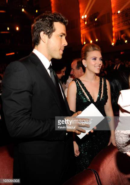 NEW YORK JUNE 13 Ryan Reynolds and Scarlett Johansson in the audience at the 64th Annual Tony Awards at Radio City Music Hall on June 13 2010 in New...