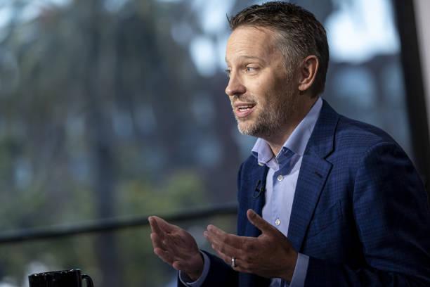 CA: LinkedIn Chief Executive Officer Ryan Roslansky Interview
