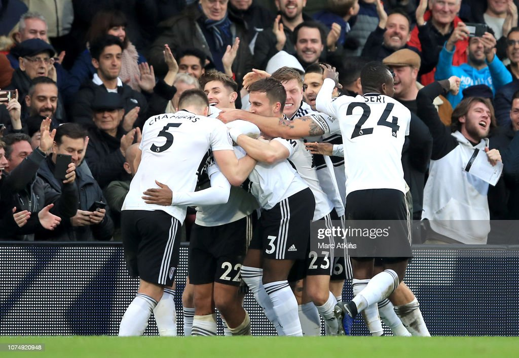 Fulham FC v Wolverhampton Wanderers - Premier League : News Photo