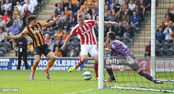 Ryan Shawcross of Stoke City scores the equalising goal during the Barclays Premier League match between Hull City and Stoke City at the KC Stadium...