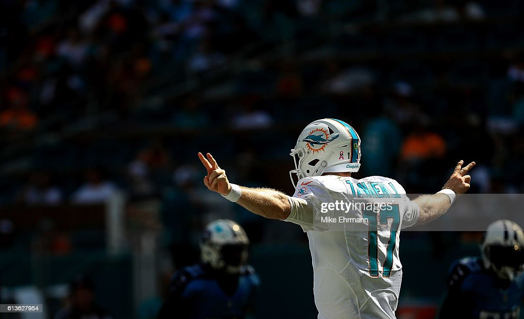 Ryan Tannehill #17 of the Miami Dolphins calls a play during a game against the Tennessee Titans on October 9, 2016 in Miami Gardens, Florida.