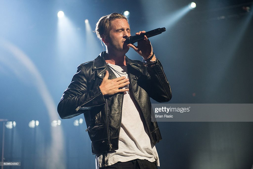 OneRepublic Perform At The Apple Music Festival : News Photo