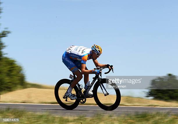Ryder Hesjedal of Canada and the Garmin-Transitions team in action during stage 5 of the 2010 Tour de France from Epernay to Montargis on July 8,...