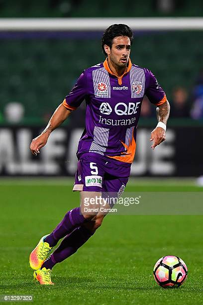 Ryhs Williams of the Perth Glory controls the ball during the round one ALeague match between the Perth Glory and the Central Coast Mariners at nib...