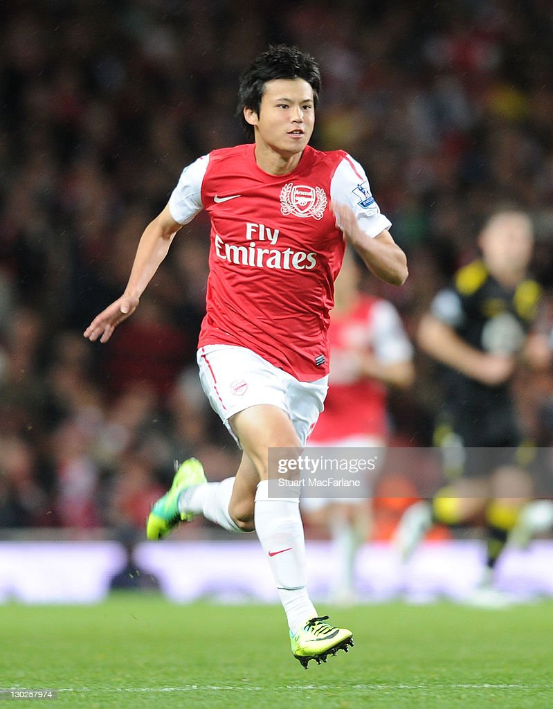 Arsenal v Bolton Wanderers - Carling Cup Fourth Round : ニュース写真