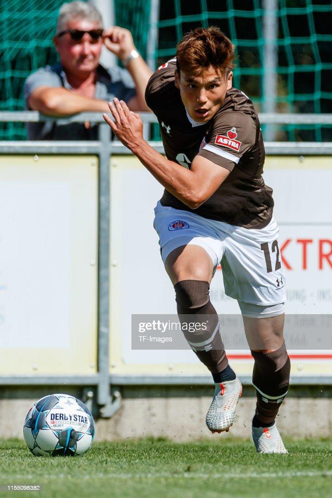 WSG Swarovski Wattens v FC. St. Pauli - Pre-Season Friendly : ニュース写真