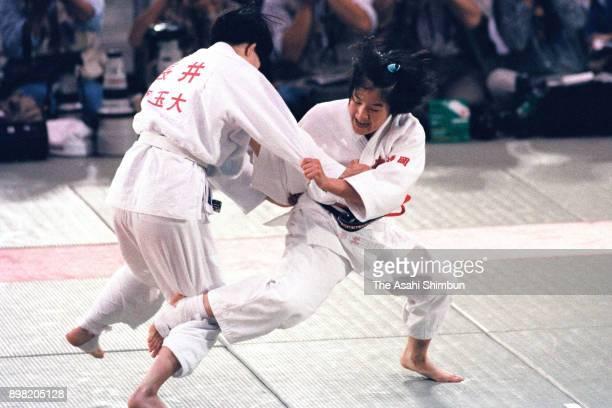 Ryoko Tamura and Atsuko Nagai compete in the Womens' 48kg final during the Judo Barcelona Olympic qualifying tournament at Yoyogi Gymnasium on May 10...