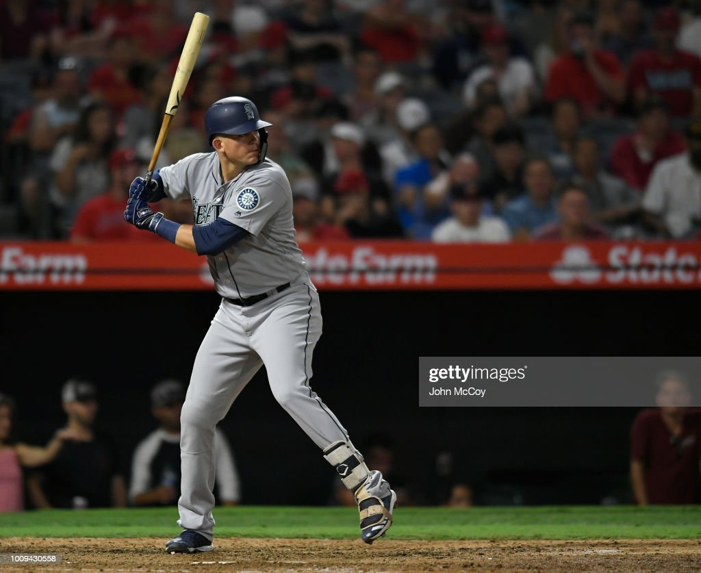 Seattle Mariners v Los Angeles Angels of Anaheim : ニュース写真