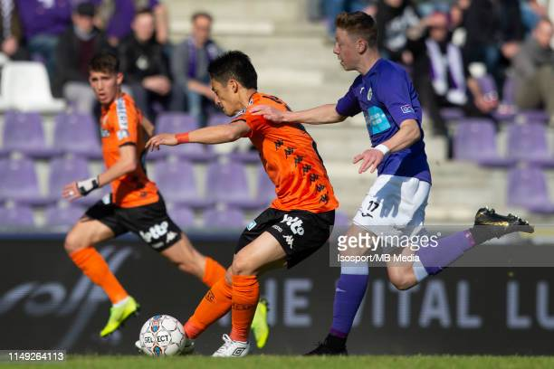 Ryota Morioka of Charleroi fights for the ball with Bram De Keersmaecker of Beerschot Wilrijk during the Jupiler Pro League playoff 2 group A match...