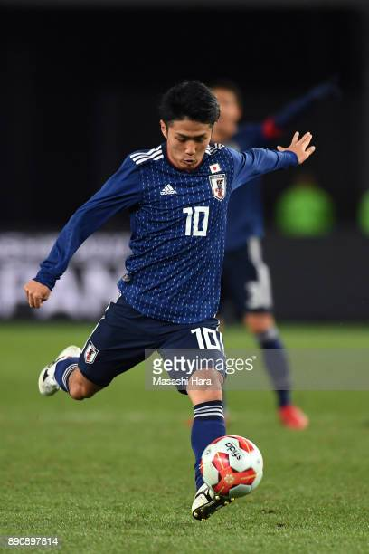 Ryota Oshima of Japan in action during the EAFF E1 Men's Football Championship between Japan and China at Ajinomoto Stadium on December 12 2017 in...