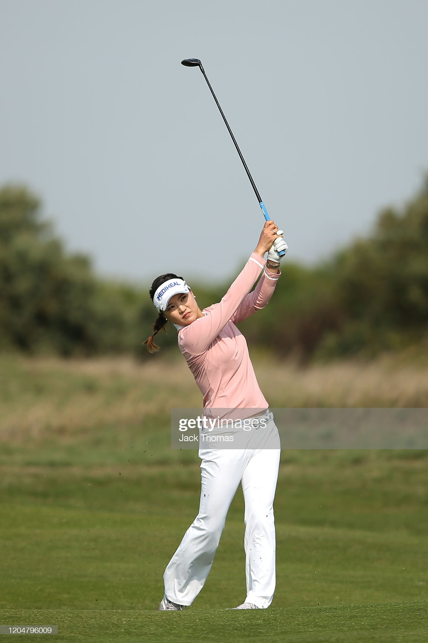 https://media.gettyimages.com/photos/ryu-soyeon-of-south-korea-plays-her-second-shot-on-the-9th-beach-picture-id1204796009?s=2048x2048