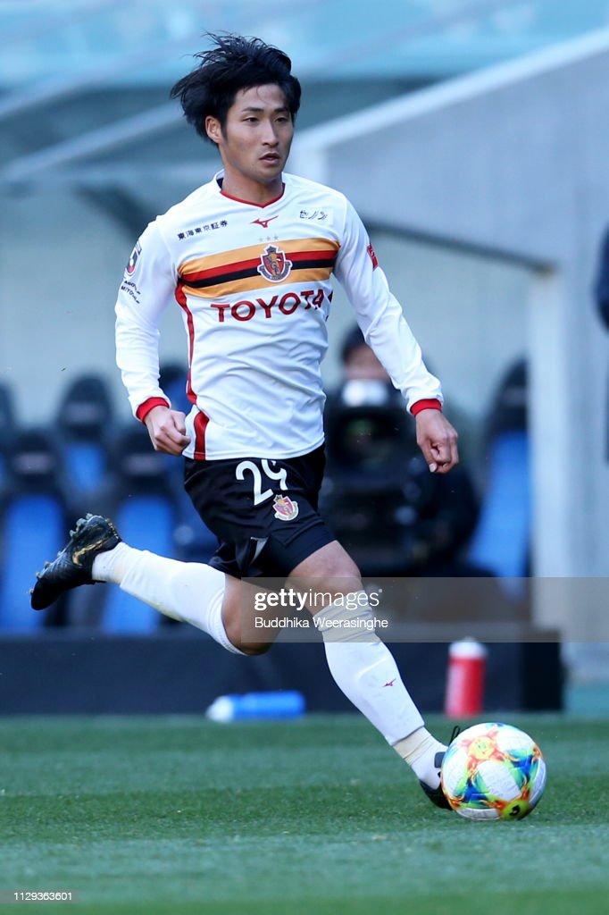 Gamba Osaka v Nagoya Grampus - J.League J1 : ニュース写真