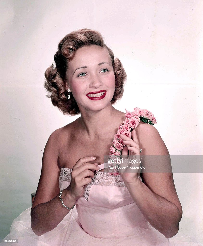 1950's A picture of American actress Jane Powell. : News Photo