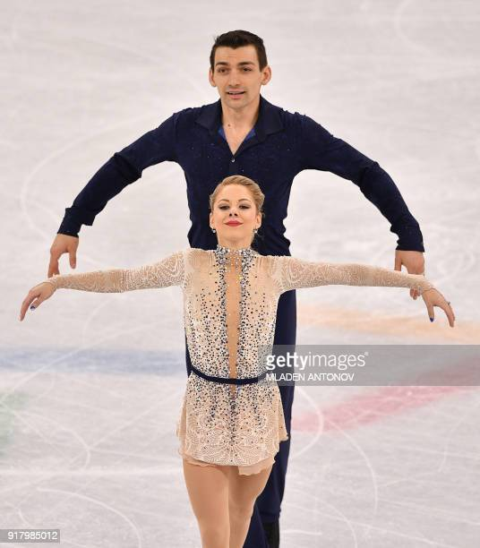S Alexa Scimeca Knierim and USA's Chris Knierim compete in the pair skating short program of the figure skating event during the Pyeongchang 2018...