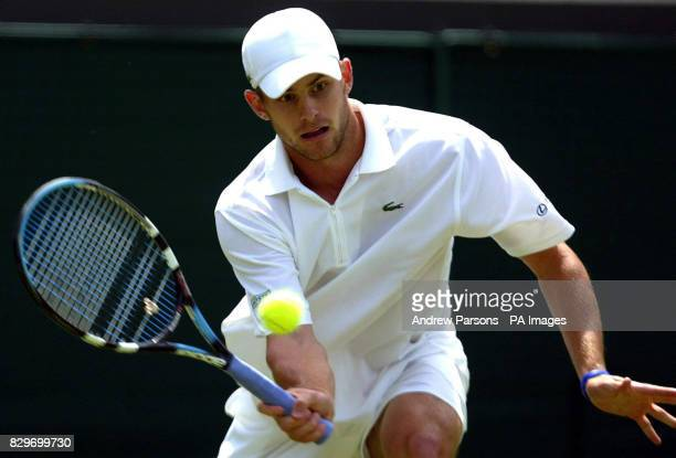 USA's Andy Roddick in action against Czech Republic's Jiri Vanek