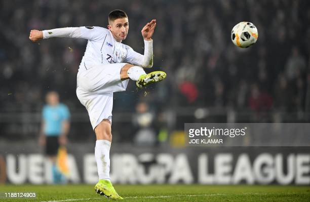 S Austrian defender Reinhold Ranftl kicks the ball during the UEFA Europa League Group D football match between Linzer ASK and Sporting CP in Linz,...