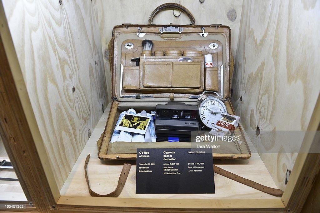 Q's bag of tricks. Toronto's TIFF Bell Lightbox celebrates the James Bond 50th anniversary with the  : Nachrichtenfoto