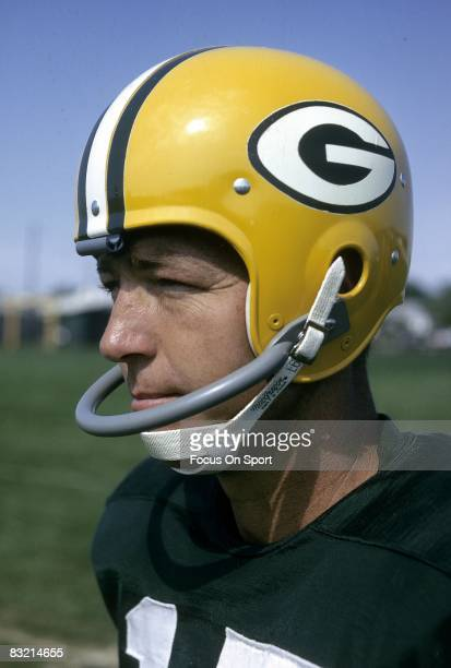 BAY WI CIRCA 1960's Bart Starr quarterback of the Green Bay Packers on the practice field circa 1960's in Green Bay Wisconsin Starr played for the...