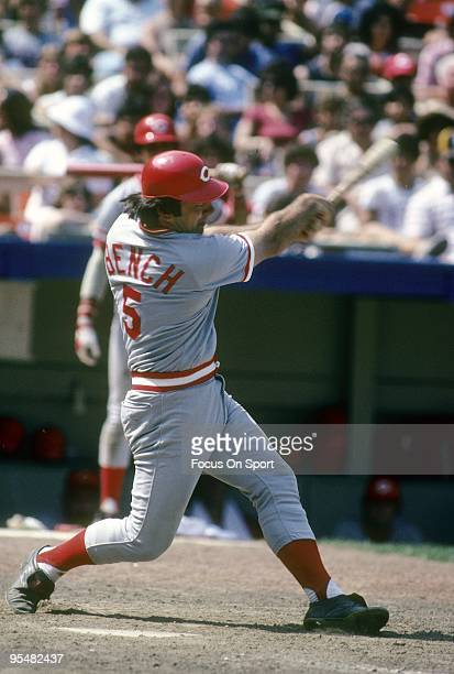 FLUSHING NY CIRCA 1970's Catcher Johnny Bench of the Cincinnati Reds swings and watches the flight of his ball against the New York Mets during a MLB...