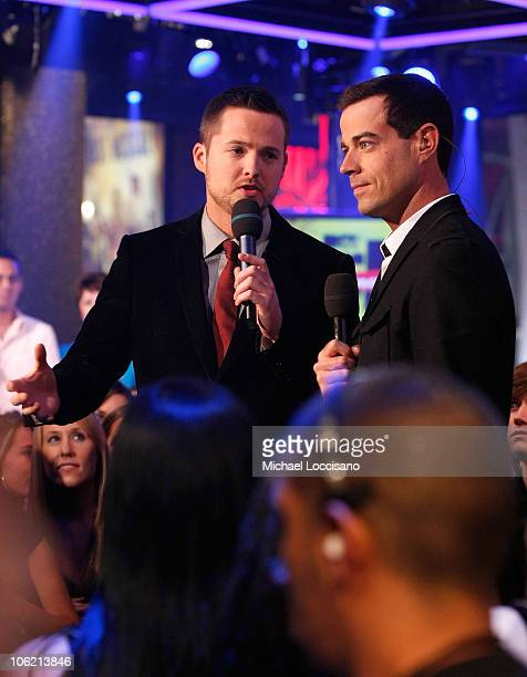 """S Damien Fahey and Carsol Daly speak during MTV's TRL """"Total Finale Live"""" at the MTV Studios in Times Square on November 16, 2008 in New York City."""