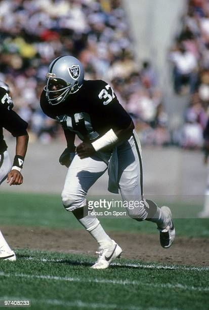 OAKLAND CA CIRCA 1980's Defensive back Lester Hayes of the Oakland Raiders in action circa early 1980's during an NFL football game at the Oakland...