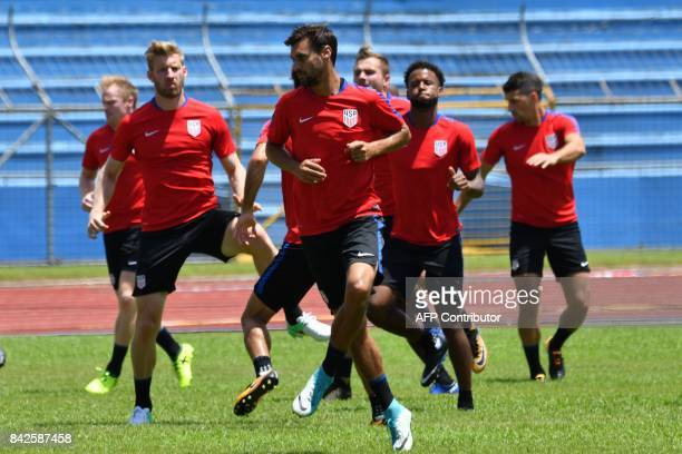 USA's Geoff Cameron and teammates take part in a training session at the Olimpico stadium in San Pedro Sula Honduras on September 4 2017 on the eve...