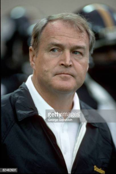 PITTSBURGH 1980's Head coach Chuck Noll of the Pittsburgh Steelers on the sideline during a game at Three Rivers Stadium circa 1980 in Pittsburgh...
