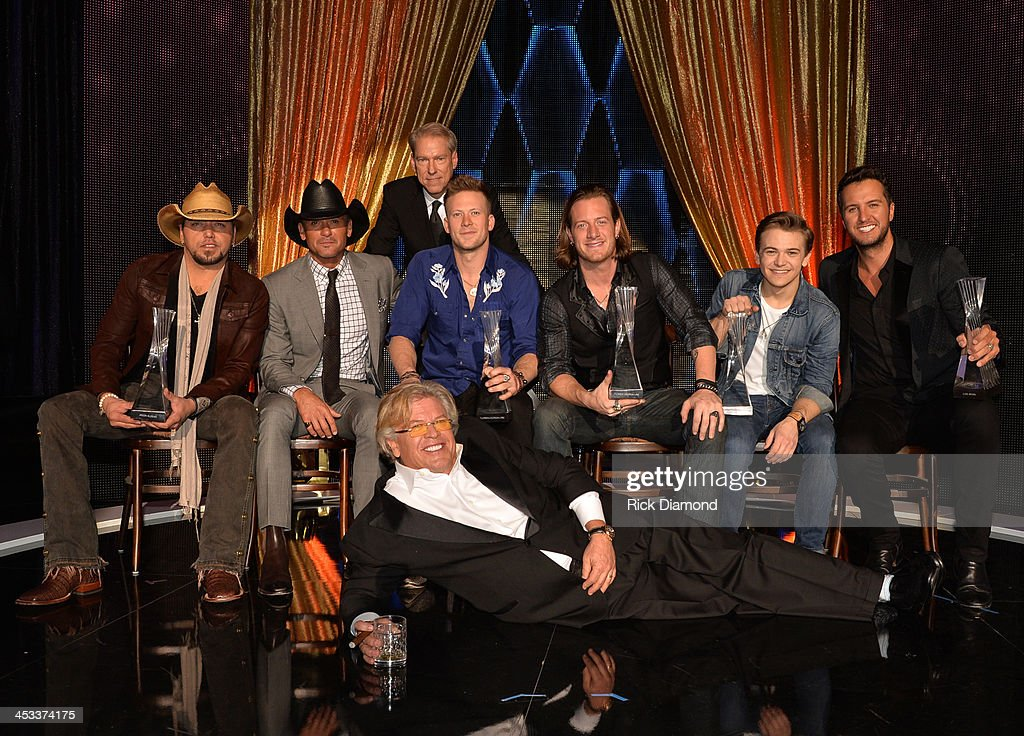 CMT Artists Of The Year 2013 - Show