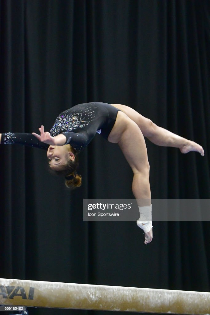 NCAA GYMNASTICS: APR 15 Women's National Championship : ニュース写真