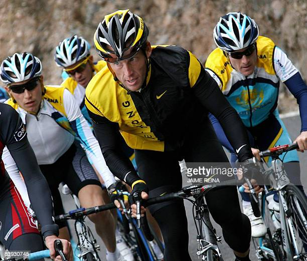 US's Lance Amrstrong of Astana Team cycles during a training on the Spanish Canary Island of Tenerife on December 5 2008 Seventime Tour de France...