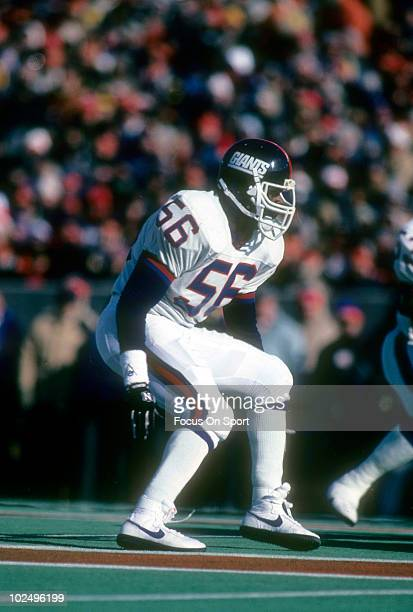Linebacker Lawrence Taylor of the New York Giants in action circa late 1980's during an NFL football game. Taylor played for the Giants from 1981-93.