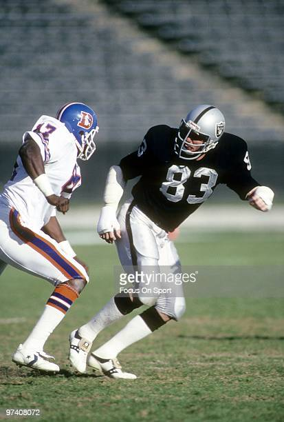 LOS ANGELES CA CIRCA 1980's Linebacker Ted Hendricks of the Los Angeles Raiders in action guarding tight end James Wright of the Denver Broncos circa...