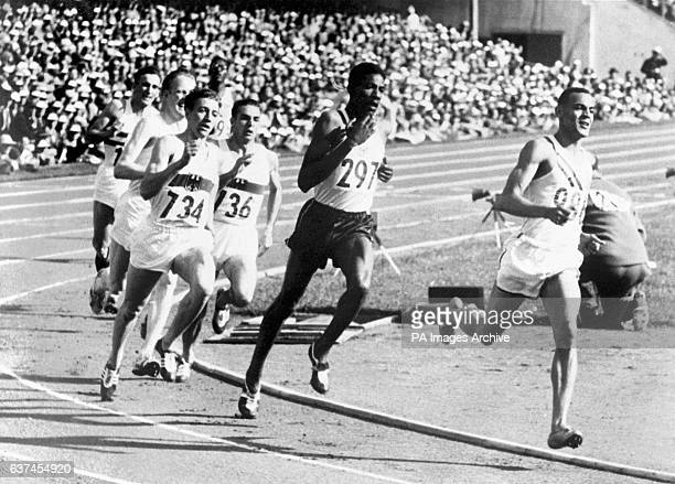 USA's Mal Whitfield leads from Jamaica's Arthur Wint and Heinz Ulzheimer