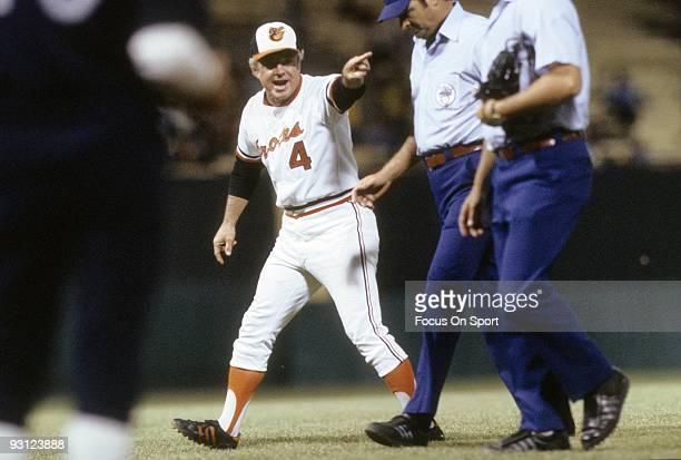 S: Manager Earl Weaver of the Baltimore Orioles arguing with the home plate umpire during a MLB baseball game circa mid 1970's at Memorial Stadium in...