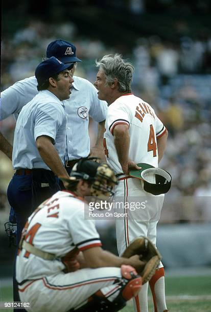 S: Manager Earl Weaver of the Baltimore Orioles arguing with the home plate umpire during a mid 1970's MLB baseball game at Memorial Stadium in...