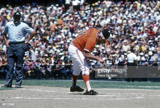 S: Manager Earl Weaver of the Baltimore Orioles making his point to the home plate umpire during a MLB baseball game circa mid 1970's at Memorial...