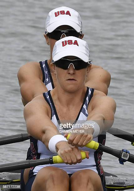 USA's Meghan O'leary and USA's Ellen Tomek row during the Women's Double Sculls rowing competition at the Lagoa stadium during the Rio 2016 Olympic...