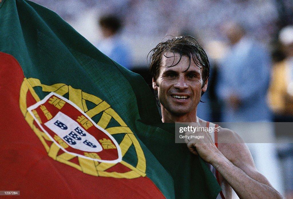 CARLOS LOPES PORTUGAL MARATHON WINNER LA 1984 : News Photo