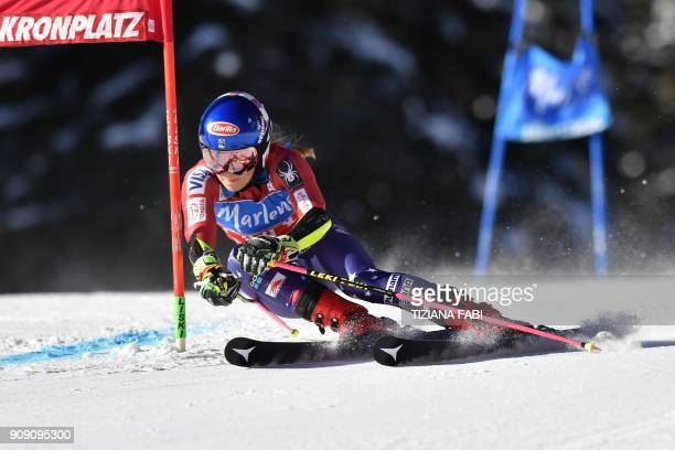 USA's Mikaela Schiffrin competes in the FIS Alpine World Cup Women's Giant Slalom on January 23 2018 in Kronplatz / Plan de Corones Italian Alps /...